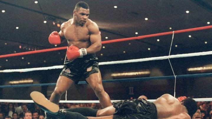 Mike Tyson insinúa que volverá a boxear con un increíble vídeo
