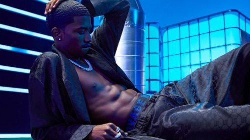 Rihanna revoluciona la moda con su lencería para hombre de Savage x Fenty