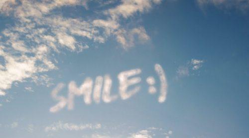 WizKid y H.E.R. celebran sus orígenes africanos en 'Smile'