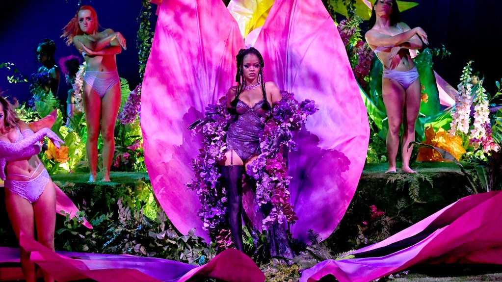 Acusan a Rihanna de plagio por su Savage x Fenty Show