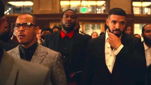 T.I. confirma los rumores: un amigo suyo le meó encima a Drake