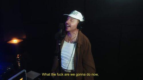 """Macklemore celebra el cambio de presidente con """"Trump's Over Freestyle"""""""