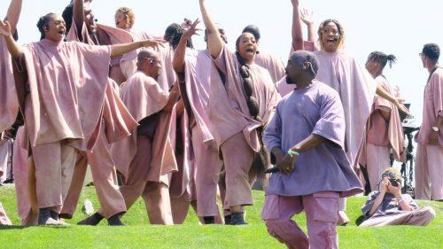 Los miembros del Sunday Service demandan a Kanye West por impago