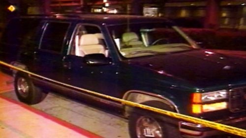 A subasta los tapacubos del coche en que fue asesinado Biggie