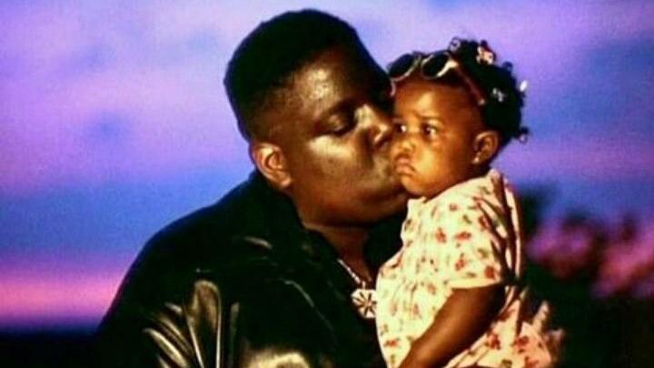T'yanna Wallace, hija de Notorious B.I.G., abre el restaurante Juicy Pizza